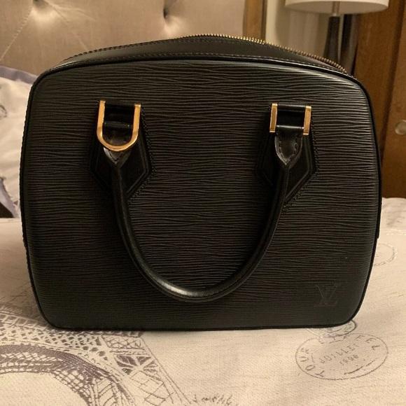 Louis Vuitton Handbags - Louie Vuitton satchel bag